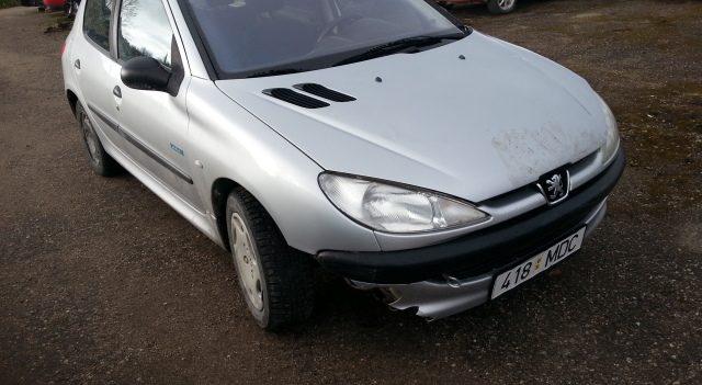 PEUGEOT 206 1,4 55kW 2002