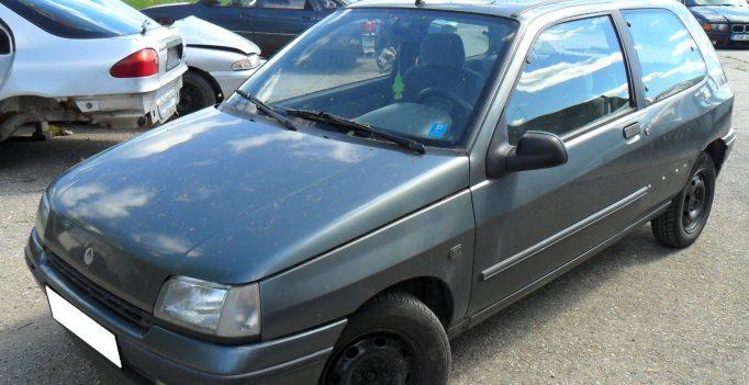 RENAULT CLIO 1,4 aut 55kW 1992
