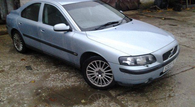 VOLVO S60 2,4d 120kW 2001